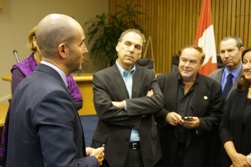 Nevo Kulman visits city hall